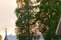 Рядом с храмом и Ковалевским детским домом